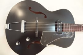 Godin Kingpin 5th Avenue Black Archtop Guitar