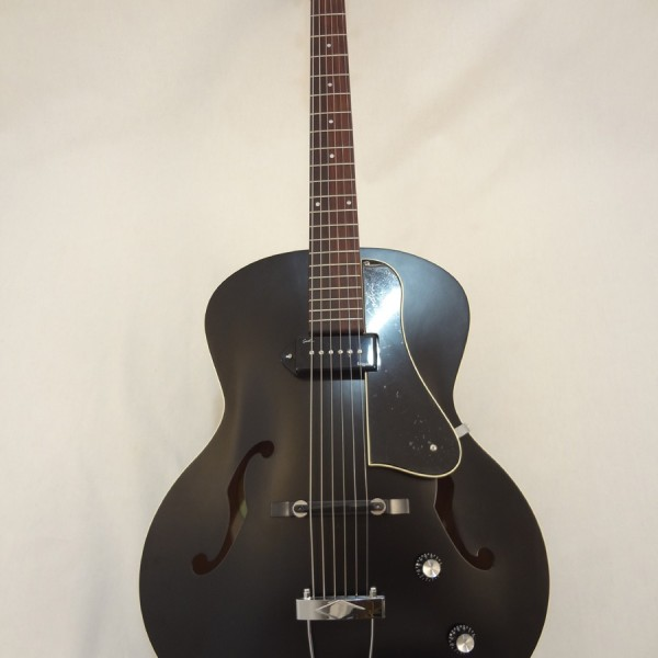 Godin Kingpin 5th Avenue Black Archtop Guitar Full Front View