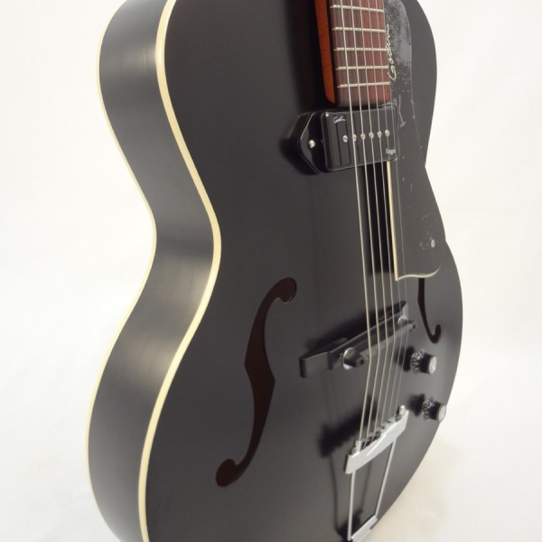 Godin Kingpin 5th Avenue Black Archtop Guitar Front