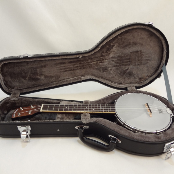 Goldtone BUC Banjo Ukulele with Hardshell Case