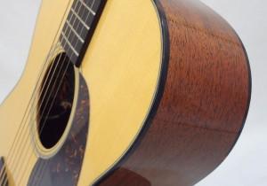 Martin 000-18E Retro Short Scale Acousitc Guitar Close Up Side View