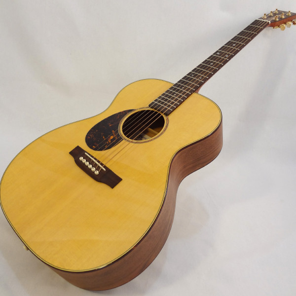 C.F. Martin Lefty Acoutic Guitar SWOMGT-L Angled Front