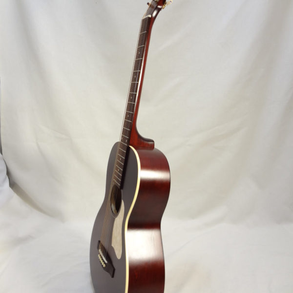 Art & Lutherie Roadhouse Acoustic Guitar Tennessee Red Finish Side View