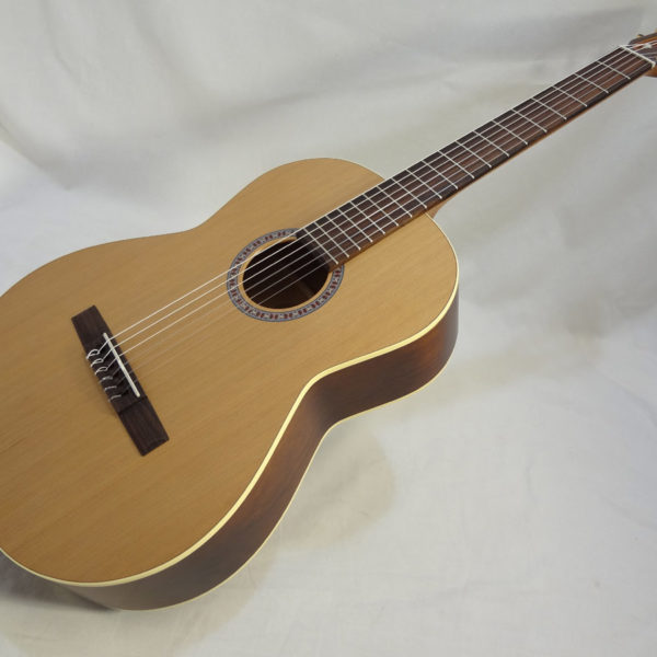 La Patrie Etude Nylon Guitar Side View Angled Full Front View