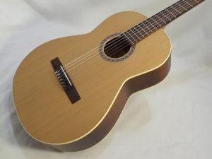 La Patrie Etude Nylon Guitar Angled Front