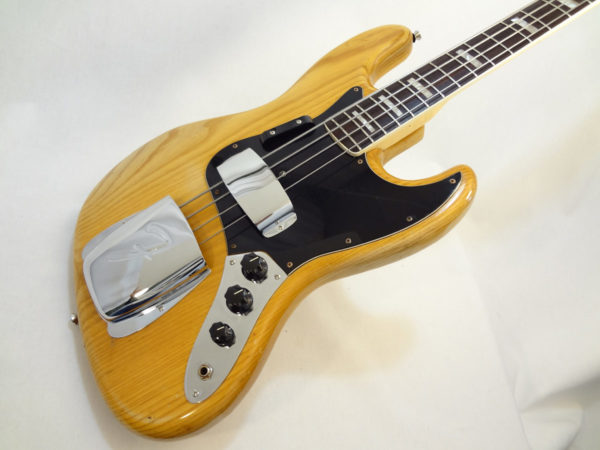 Fender Jazz Bass 1976 Angled View